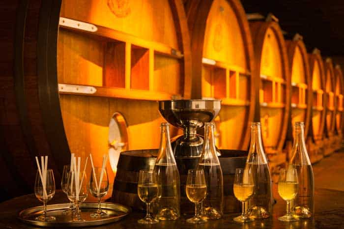 Дом шампанского  J. de TELMONT